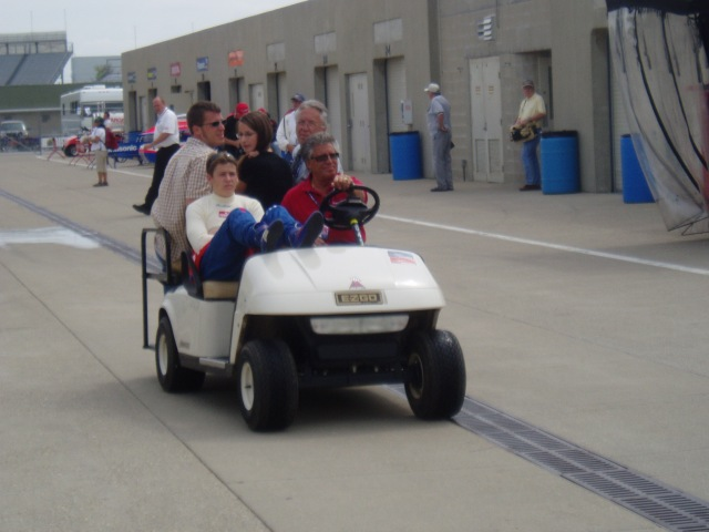 The Andretti's head out to pit lane-2006
