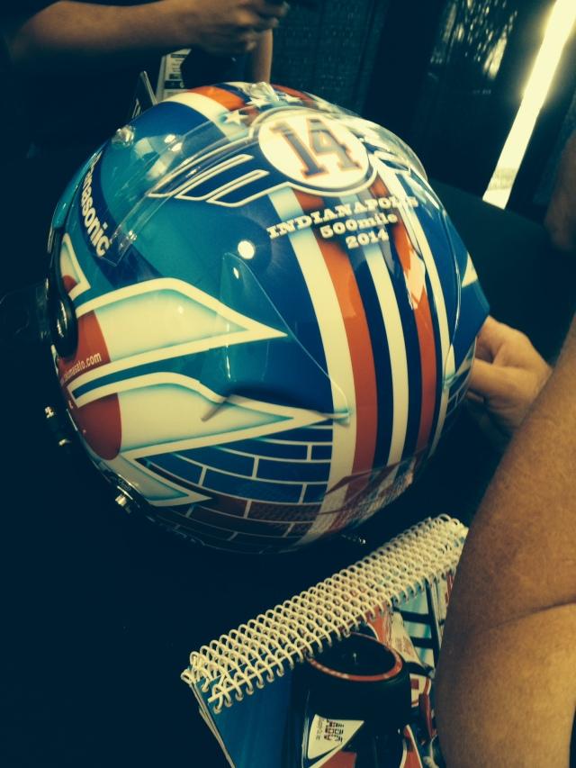 Takuma's helmet.